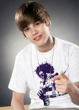 Justin Bieber gives girls ride of their lives. picture